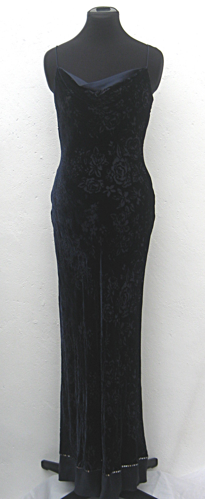Floor-length-navy-velvet-floral-devoré-strappy-evening-dress