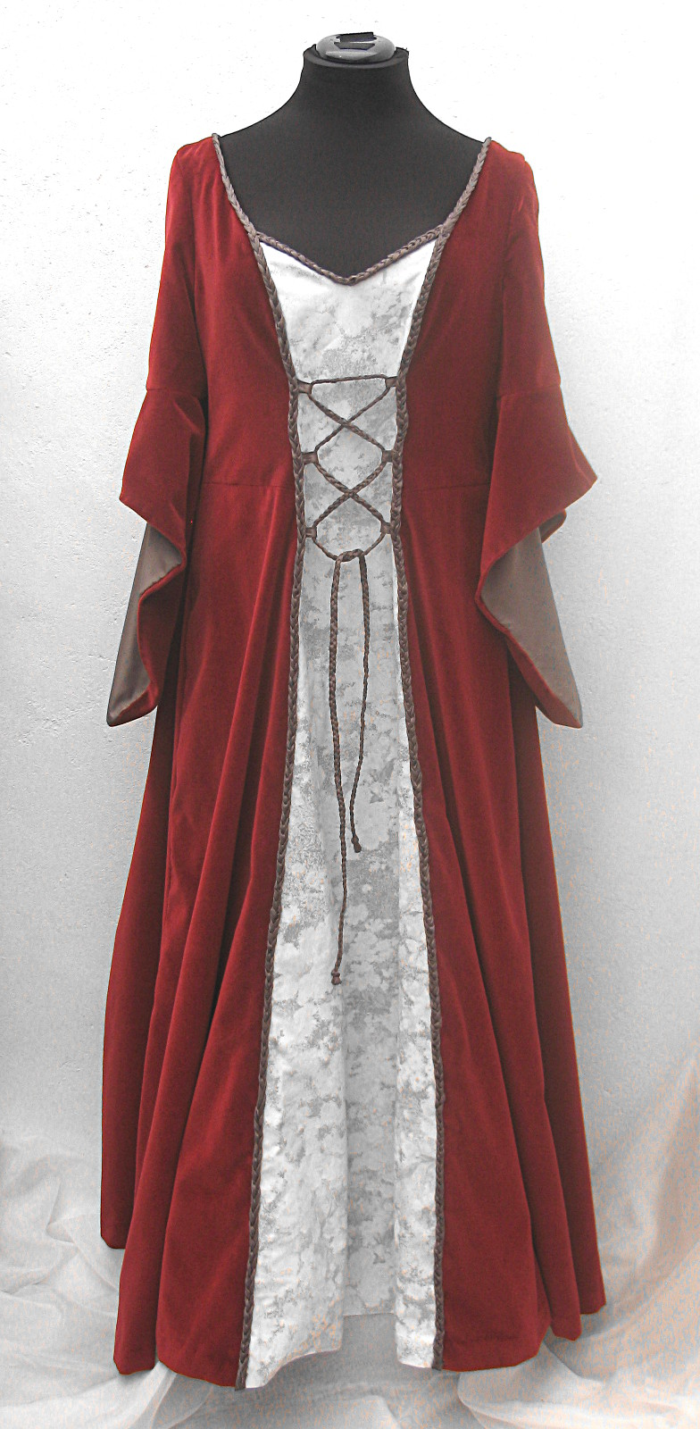 Floor-length-red-velvet-white-floral-medieval-dress